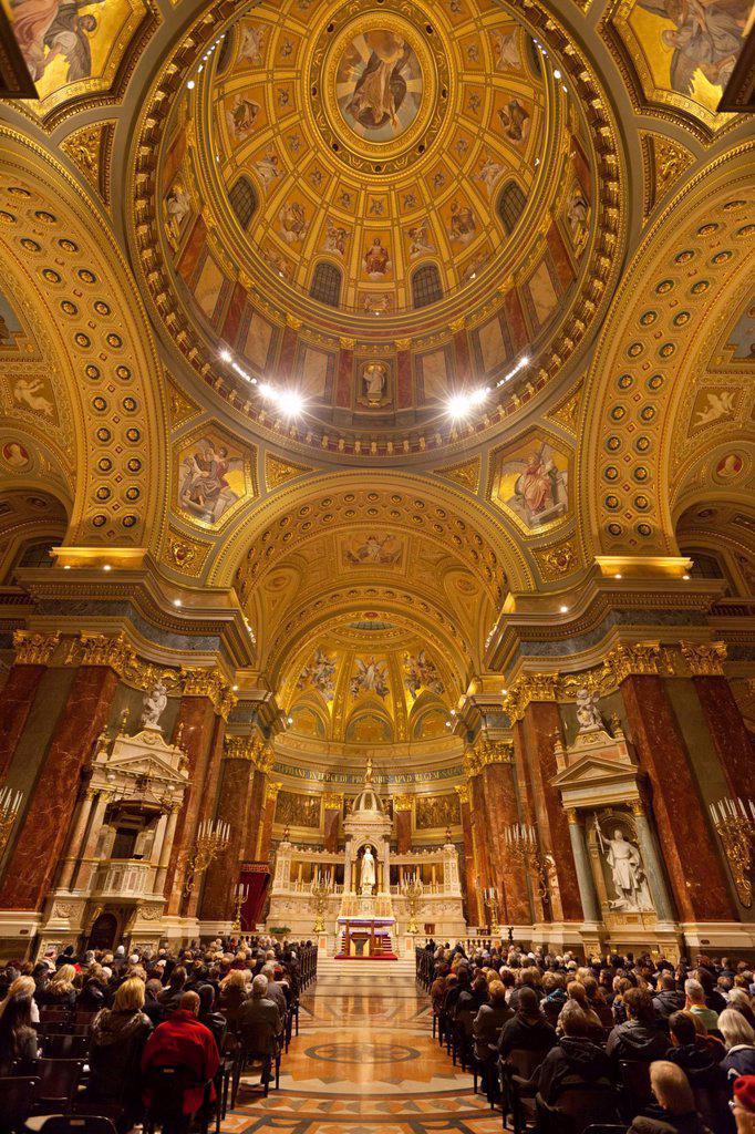 Interior and dome, St. Stephen´s Basilica Szent Istvan Bazilika, UNESCO World Heritage Site, Budapest, Hungary, Europe : Stock Photo