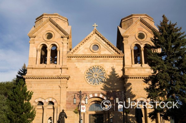 Stock Photo: 1890-130818 Cathedral Basilica of Saint Francis of Assisi, Santa Fe, New Mexico, United States of America, North America