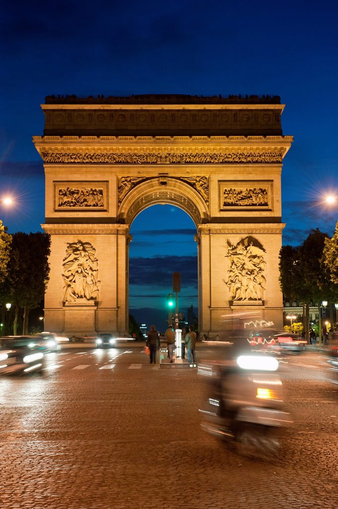 Traffic around Arc de Triomphe, Avenue des Champs Elysees, Paris, France, Europe : Stock Photo