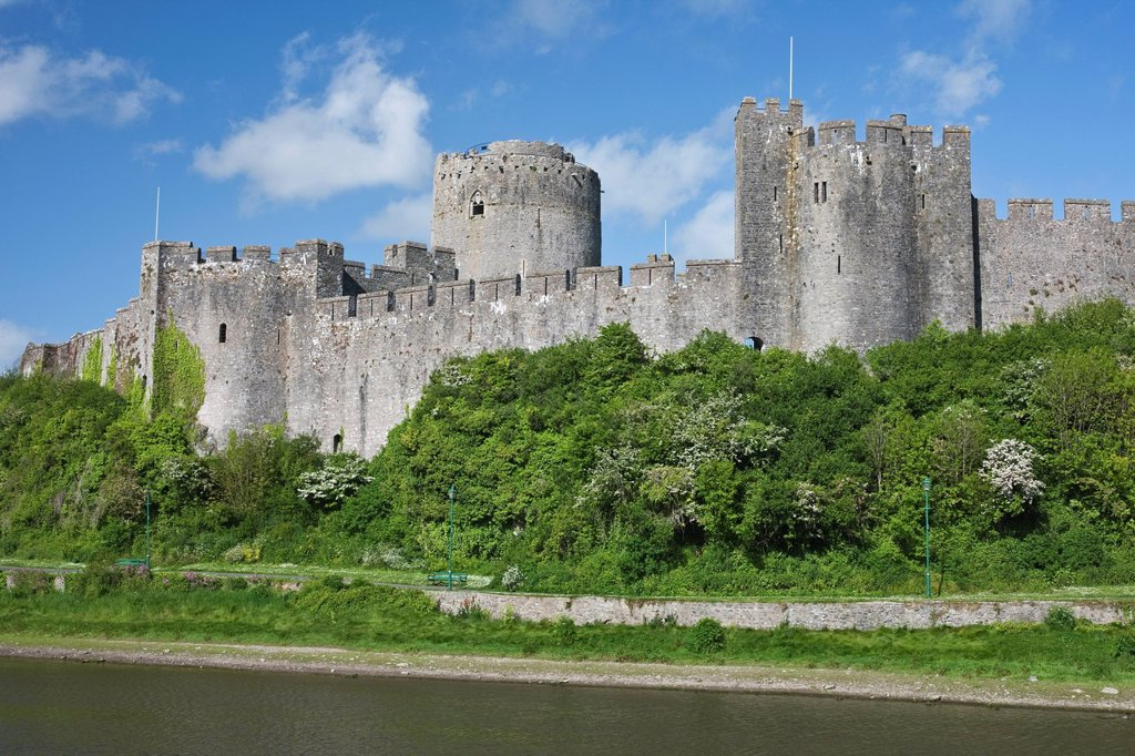 Stock Photo: 1890-131831 Pembroke Castle in Pembroke, Pembrokeshire, Wales, United Kingdom, Europe