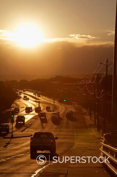 Setting sun on Avenida Boulevard, Albuquerque, New Mexico, United States of America, North America : Stock Photo
