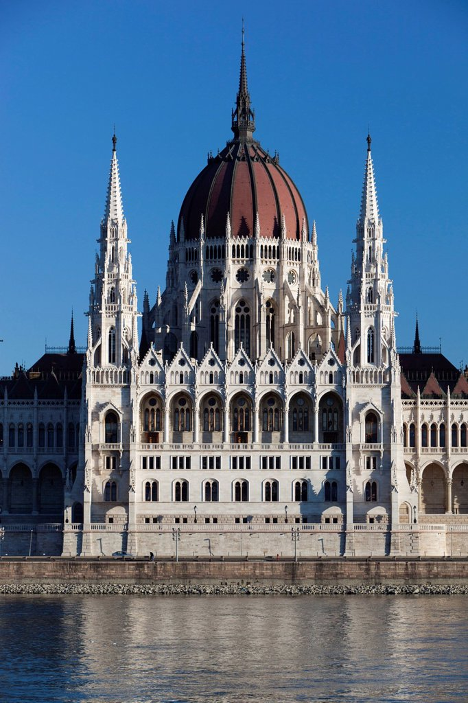 Stock Photo: 1890-132448 The Parliament Orszaghaz across River Danube, UNESCO World Heritage Site, Budapest, Hungary, Europe
