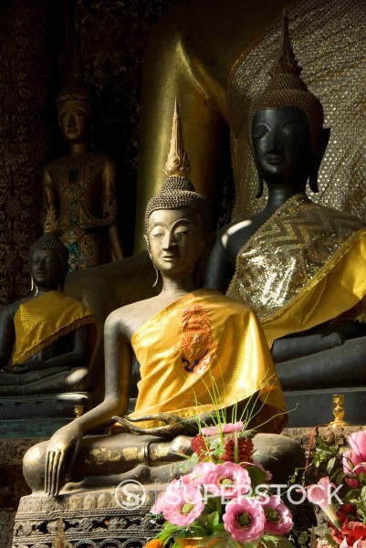 Stock Photo: 1890-132734 Sitting Buddhas in the Main Temple, Wat Xieng Thong, UNESCO World Heritage Site, Luang Prabang, Laos, Indochina, Southeast Asia, Asia