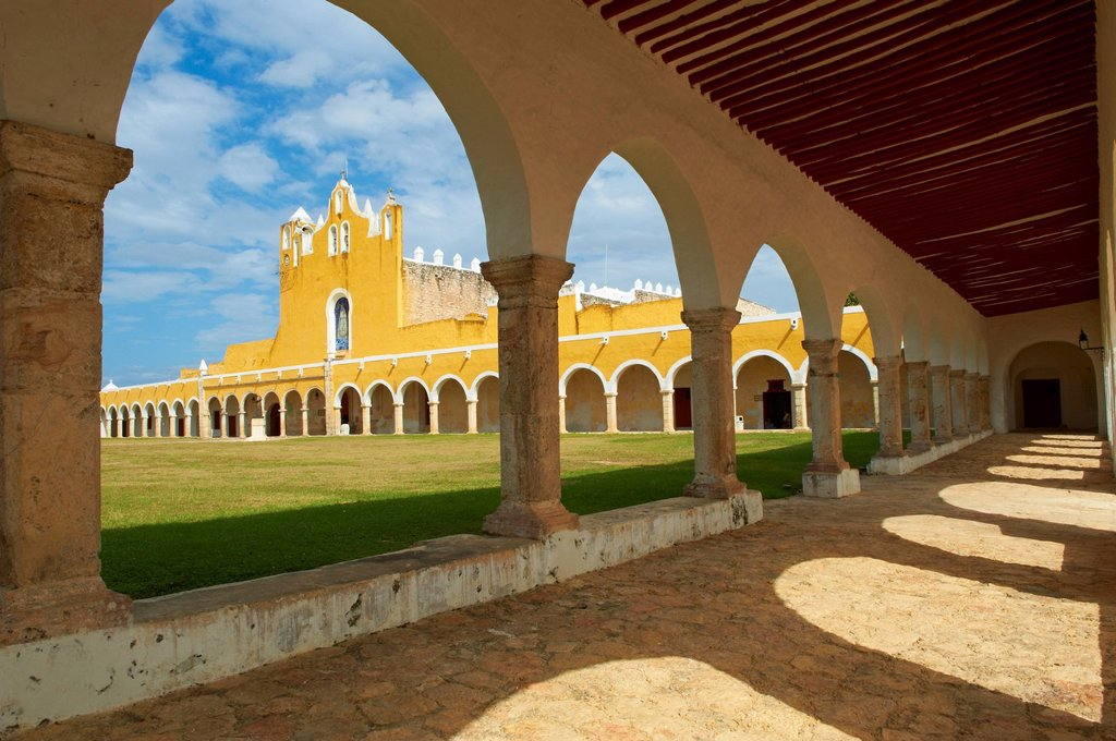 Monastery, Convento De San Antonio De Padua Convent of San Antonio De Padua, the yellow city of Izamal, Yucatan State, Mexico, North America : Stock Photo