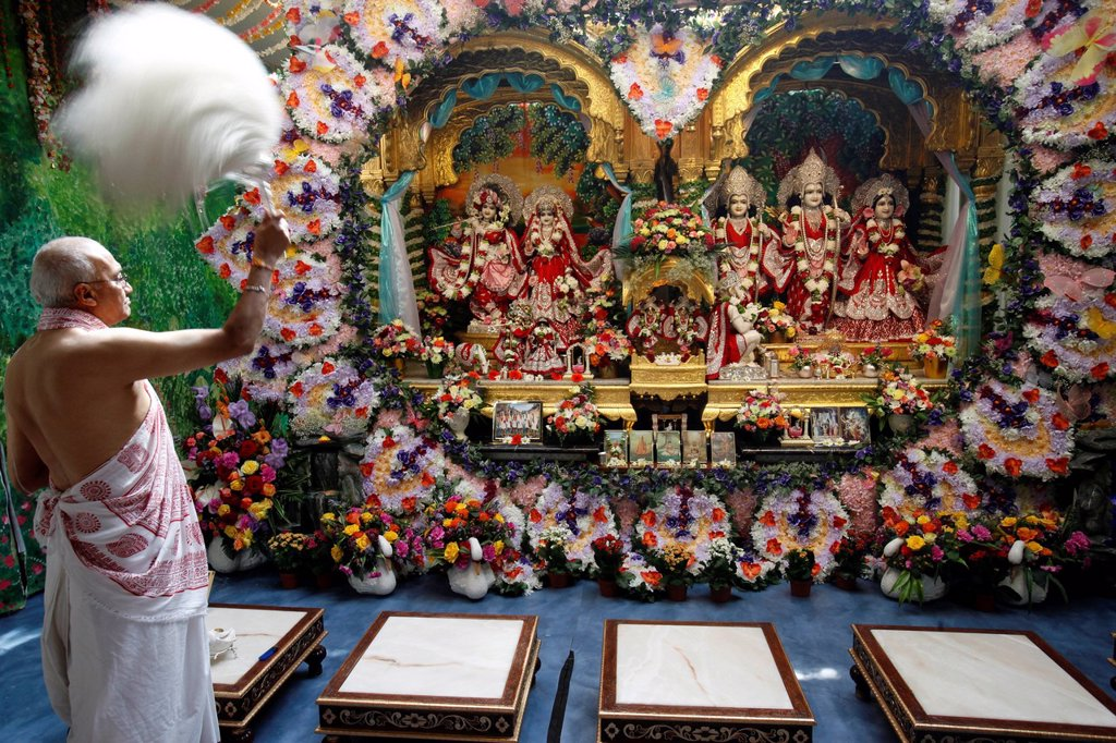 Stock Photo: 1890-136533 Aarthy celebration in Bhaktivedanta Manor ISKCON Hare Krishna temple, Watford, Hertfordshire, England, United Kingdom, Europe