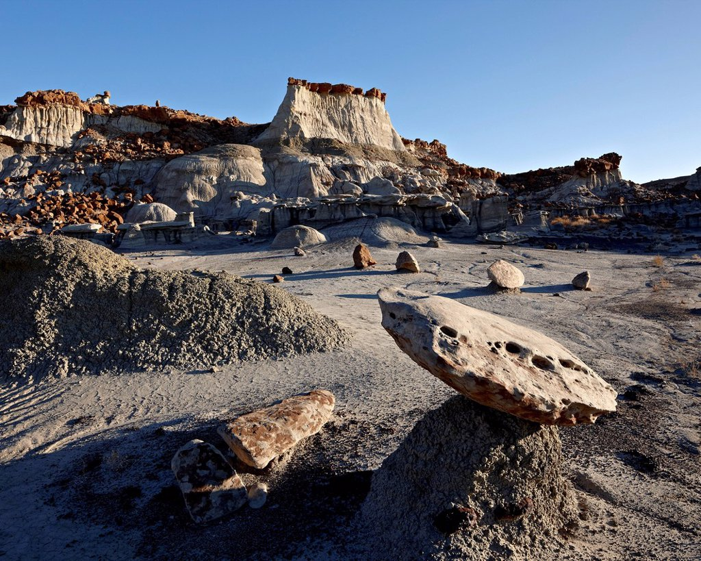 Stock Photo: 1890-142384 Badlands, Bisti Wilderness, New Mexico, United States of America, North America