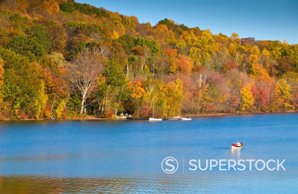 Stock Photo: 1890-142808 Lake Waramaug, Connecticut, New England, United States of America, North America