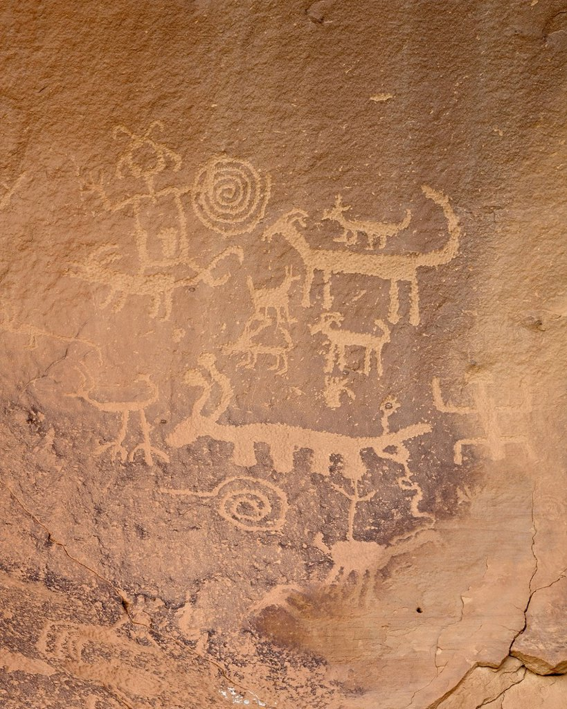 Stock Photo: 1890-143350 Petroglyphs near Una Vida, Chaco Culture National Historical Park, UNESCO World Heritage Site, New Mexico, United States of America, North America