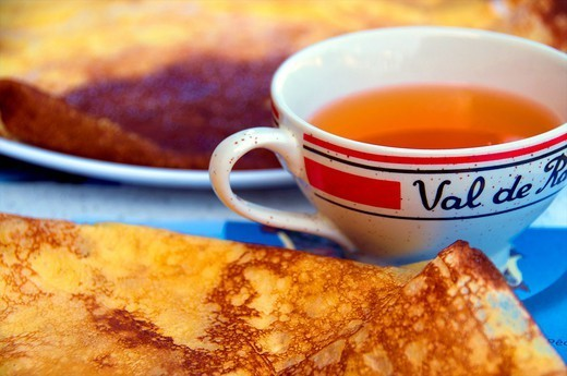 Stock Photo: 1890-145982 Typical Breton cider bowl, and pancake, Dinan, Cotes d´Armor, Brittany, France, Europe