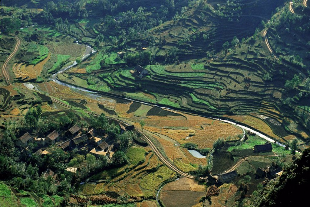 Farms and rice paddies, Shuicheng, Guizhou, China, Asia : Stock Photo