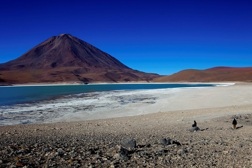 The Laguna Verde or Green Lagoon with Volcan Licancabur in background, Eduardo Avaroa Andean Fauna National Reserve, Southwest Highlands, Bolivia, South America : Stock Photo