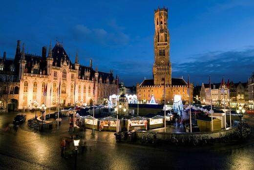 Christmas Market in the Market Square with Belfry behind, Bruges, West Vlaanderen Flanders, Belgium, Europe : Stock Photo
