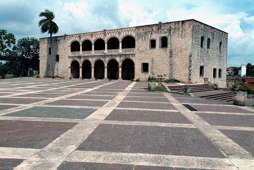 The Alcazar, early 16th century, home of Christopher Columbus´s son, Diego, Santo Domingo, Dominican Republic, West Indies, Caribbean, Central America : Stock Photo