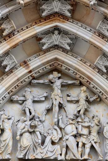 Stock Photo: 1890-150554 The Crucifixion, St. Vitus´s Cathedral tympanum, Prague, Czech Republic, Europe