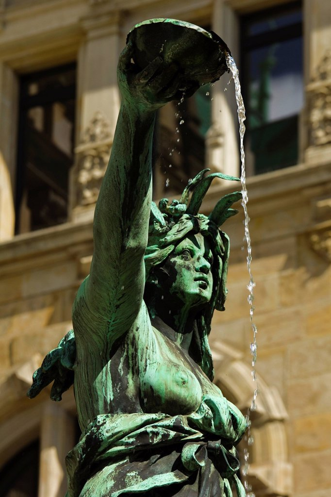 Neo_renaissance statue in a fountain at the Hamburg Rathaus City Hall, opened 1886, Hamburg, Germany, Europe : Stock Photo