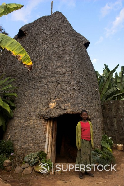 Traditional beehive house of the Dorze people made entirely from organic materials, Chencha mountains, Ethiopia, Africa : Stock Photo