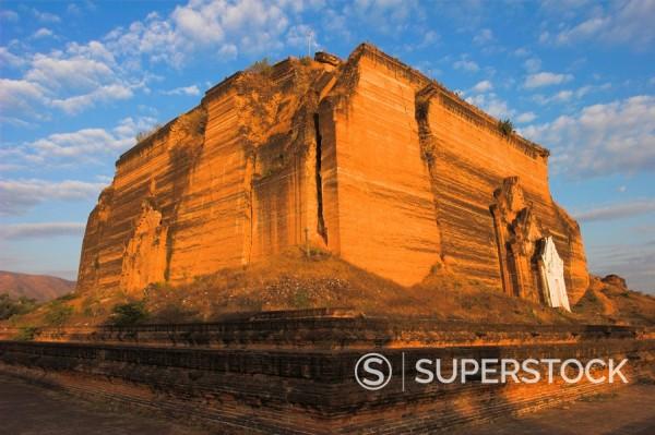 Stock Photo: 1890-17020 Mingun Paya badly cracked by earthquakes standing 50m high, Mingun Paya, Mingun, Mandalay, Myanmar Burma, Asia