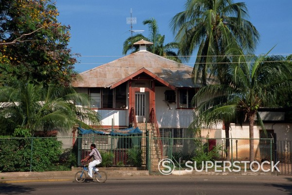 A typical house with corrugated roof at Lake Maracaibo, Venezuela, South America : Stock Photo