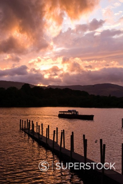 Stock Photo: 1890-19858 Derwentwater at sunset, Lake District National Park, Cumbria, England, United Kingdom, Europe