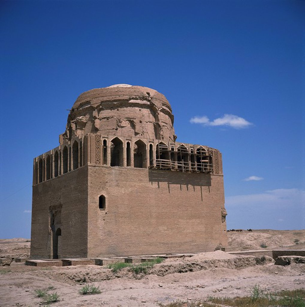 Stock Photo: 1890-22115 The mausoleum of Sultan Sandjar, 1140_50, in Old Merv, UNESCO World Heritage Site, Turkmenia, Central Asia, Asia