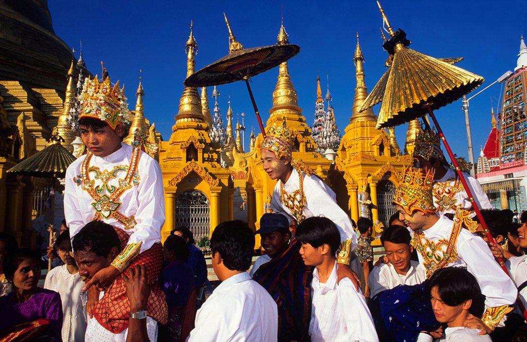 Stock Photo: 1890-23647 Monks initiation, Shwedagon Pagoda, Yangon Rangoon, Myanmar Burma, Asia