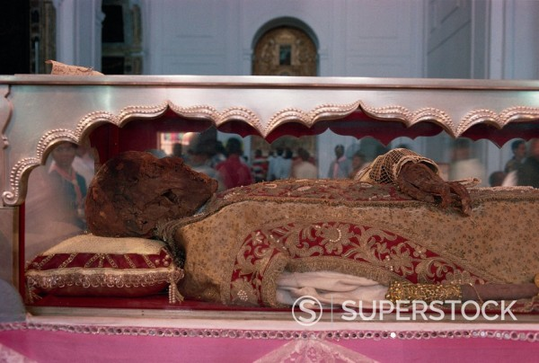 Stock Photo: 1890-28637 The remains of St. Francis Xavier, Se Cathedral, Old Goa, India, Asia