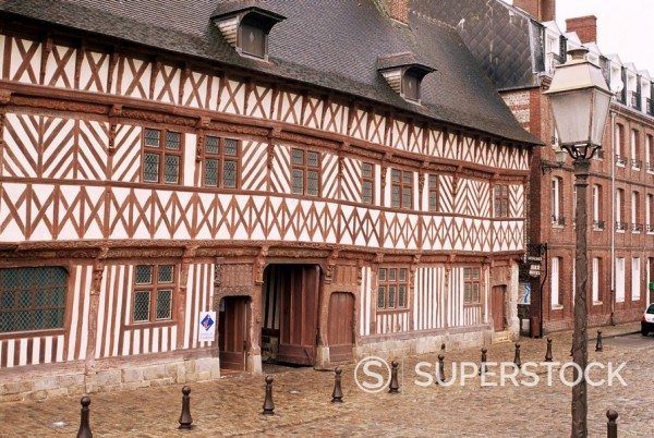 Stock Photo: 1890-30128 Tourist Office and art exhibition venue in Maison Henri IV, dating from 1540, St. Valery en Caux, Haute Normandie Normandy, France, Europe