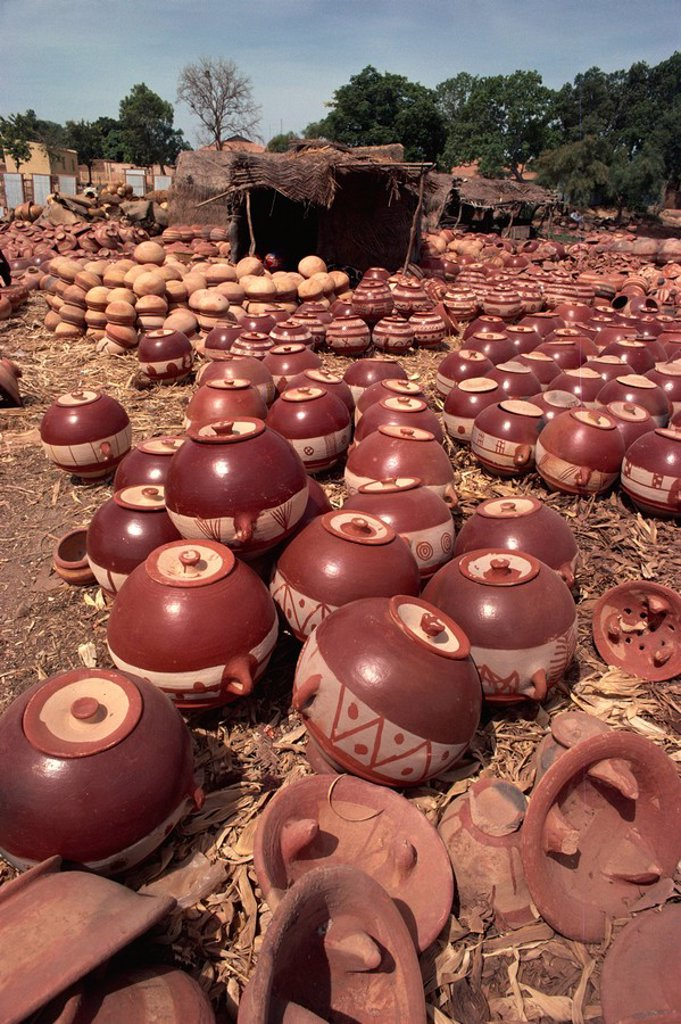 Stock Photo: 1890-30523 Decorated pots outside kiln, Mopti, Mali, West Africa, Africa
