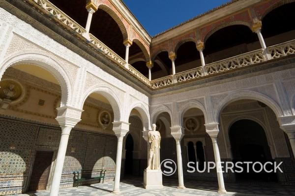 View of the Patio Principal in Casa de Pilatos, Santa Cruz district, Seville, Andalusia, Spain, Europe : Stock Photo