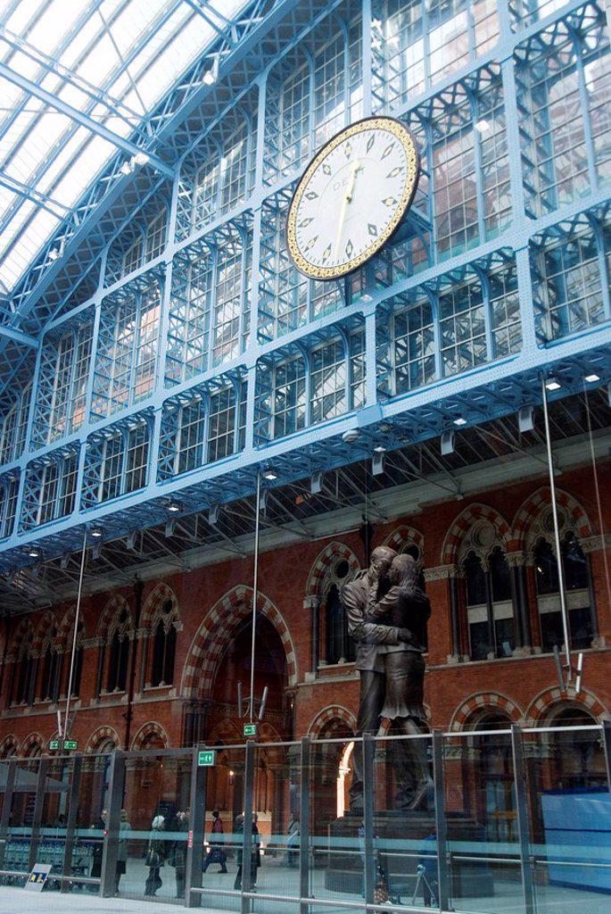 Stock Photo: 1890-40022 St. Pancras International Train Station, London, England, United Kingdom, Europe
