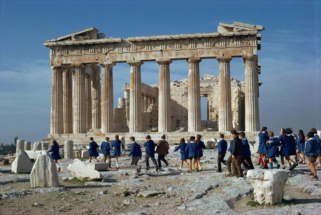 Stock Photo: 1890-41788 Greek schoolchildren before the Parthenon, on visit to The Acropolis, UNESCO World Heritage Site, Athens, Greece, Europe