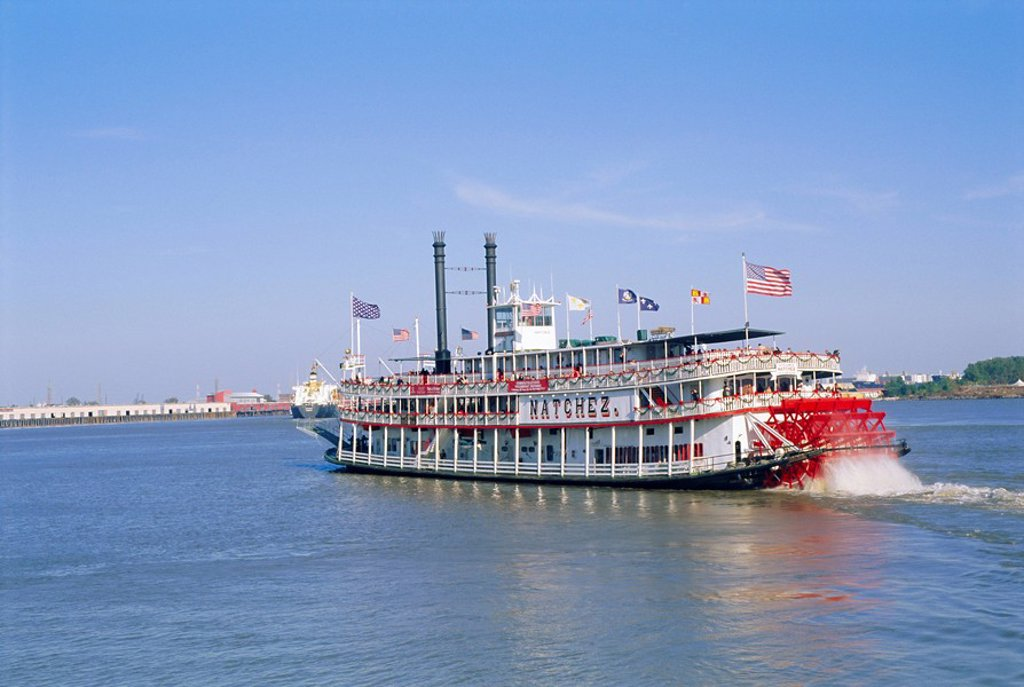 Stock Photo: 1890-43275 Paddle steamer ´Natchez´ on the Mississippi River, New Orleans, Louisiana, USA