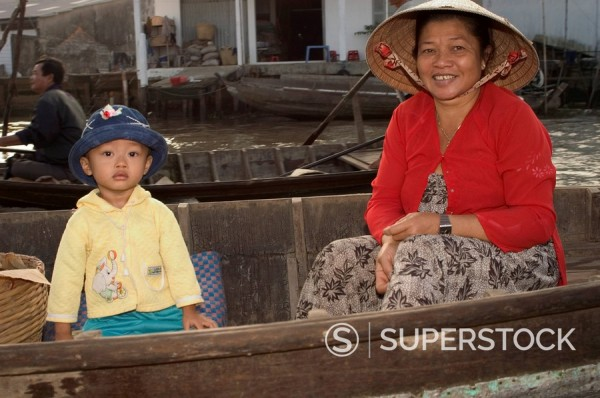 Delta riverside life, Cantho, Mekong Delta, southern Vietnam, Southeast Asia, Asia : Stock Photo