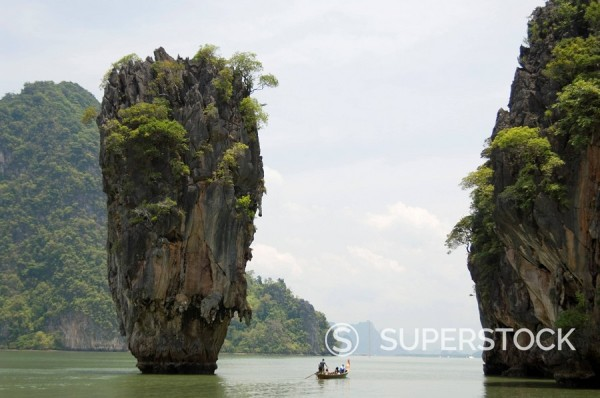 View of Koh Ping_gan from Koh Ta Poo, known as James Bond island, Phang_Nga Bay, Thailand, Southeast Asia, Asia : Stock Photo