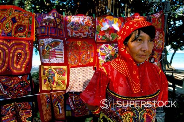 Kuna Cuna woman, Contadora island, Las Perlas archipelago, Panama, Central America : Stock Photo