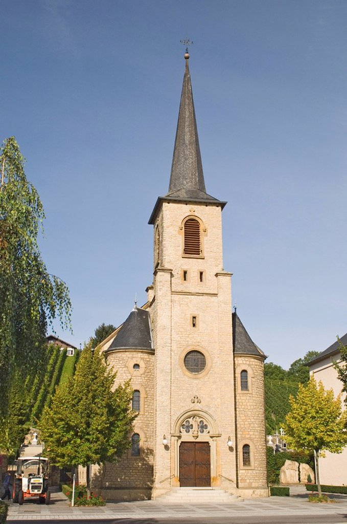 A village church on the wine trail, Luxembourg Moselle, Luxembourg, Europe : Stock Photo