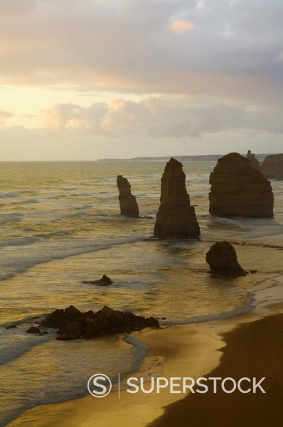 Stock Photo: 1890-53427 The Twelve Apostles, Port Campbell National Park, Great Ocean Road, Victoria, Australia, Pacific