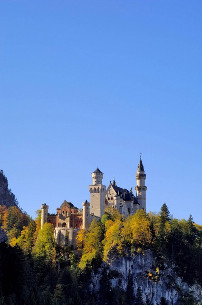 Schloss Neuschwanstein, fairytale castle built by King Ludwig II, near Fussen, Bavaria Bayern, Germany, Europe : Stock Photo