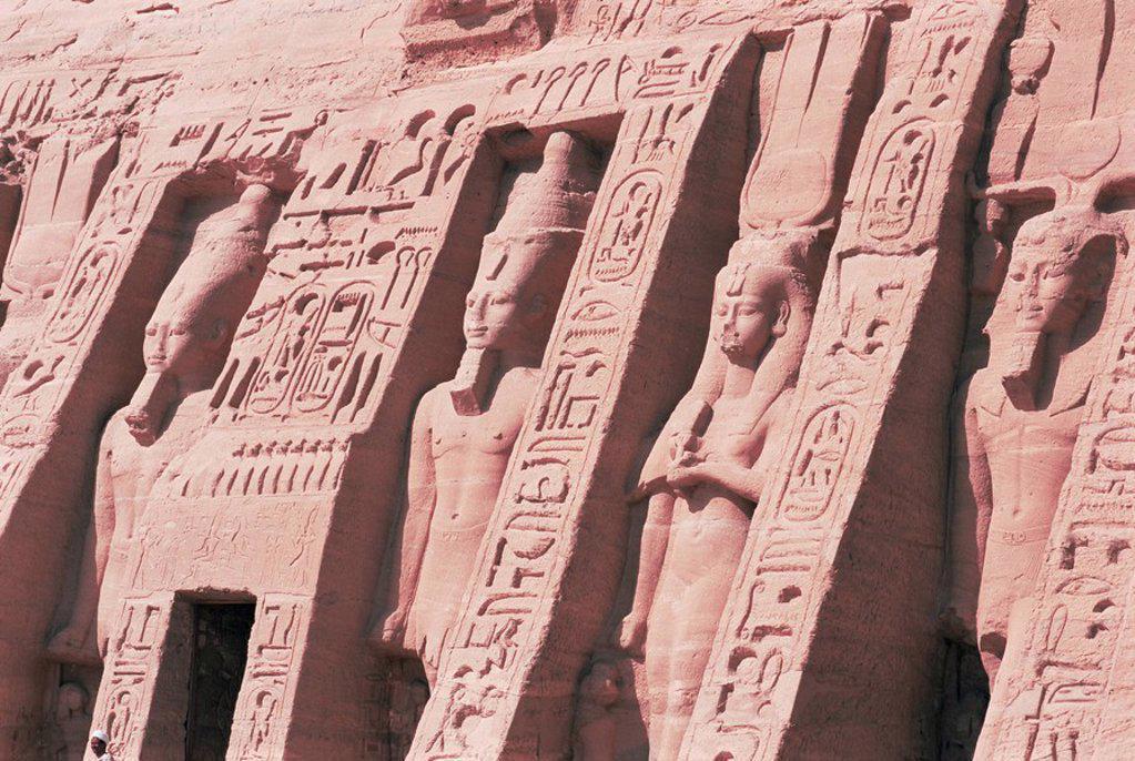 Queen Nefertari´s Temple, dedicated to Hathor, Abu Simbel, UNESCO World Heritage Site, Nubia, Egypt, North Africa, Africa : Stock Photo