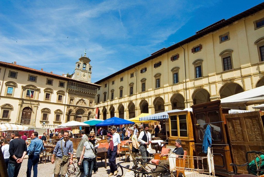 Stock Photo: 1890-54864 Antiquarian Fair in Piazza Vasari, Arezzo, Tuscany, Italy, Europe