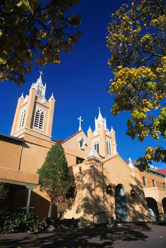 Stock Photo: 1890-55346 San Filipe de Neri Church, Old Town Plaza, Albuquerque, New Mexico, United States of America, North America