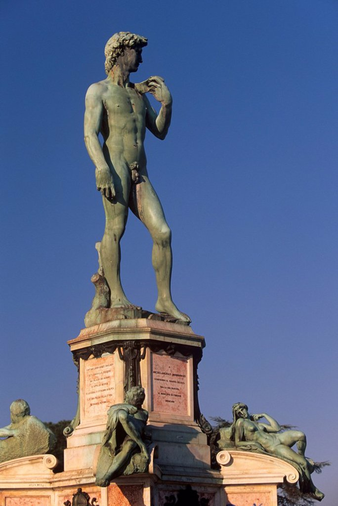 Bronze replica of Michelangelo´s David on Piazzale Michelangelo, Florence Firenze, Tuscany, Italy, Europe : Stock Photo