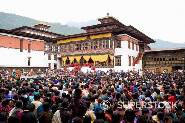Stock Photo: 1890-56920 Buddhist festival Tsechu, Trashi Chhoe Dzong, Thimphu, Bhutan, Asia