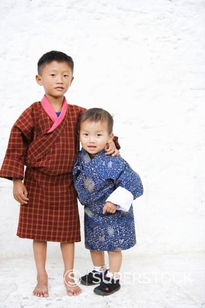 Stock Photo: 1890-57108 Bhutanese boys, Trashi Chhoe Dzong, Thimphu, Bhutan, Asia