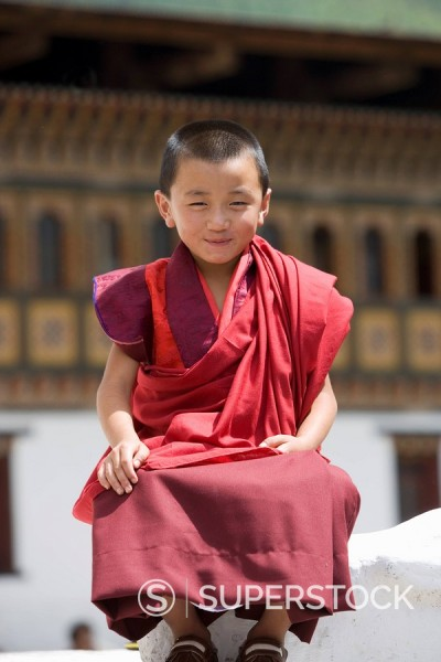 Young Buddhist monk, Trashi Chhoe Dzong, Thimphu, Bhutan, Asia : Stock Photo
