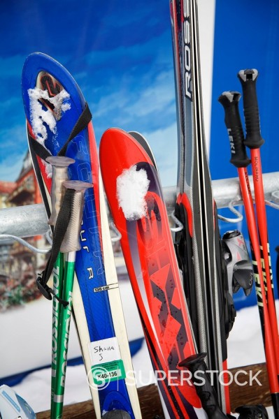 Stock Photo: 1890-59010 Row of skis at Lionshead Village, Vail Ski Resort, Rocky Mountains, Colorado, United States of America, North America