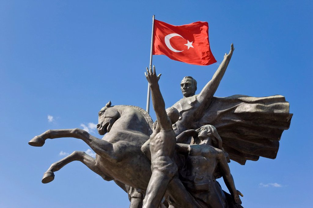 Ataturk statue in the Old Town of Antalya, Anatolia, Turkey, Asia Minor, Eurasia : Stock Photo