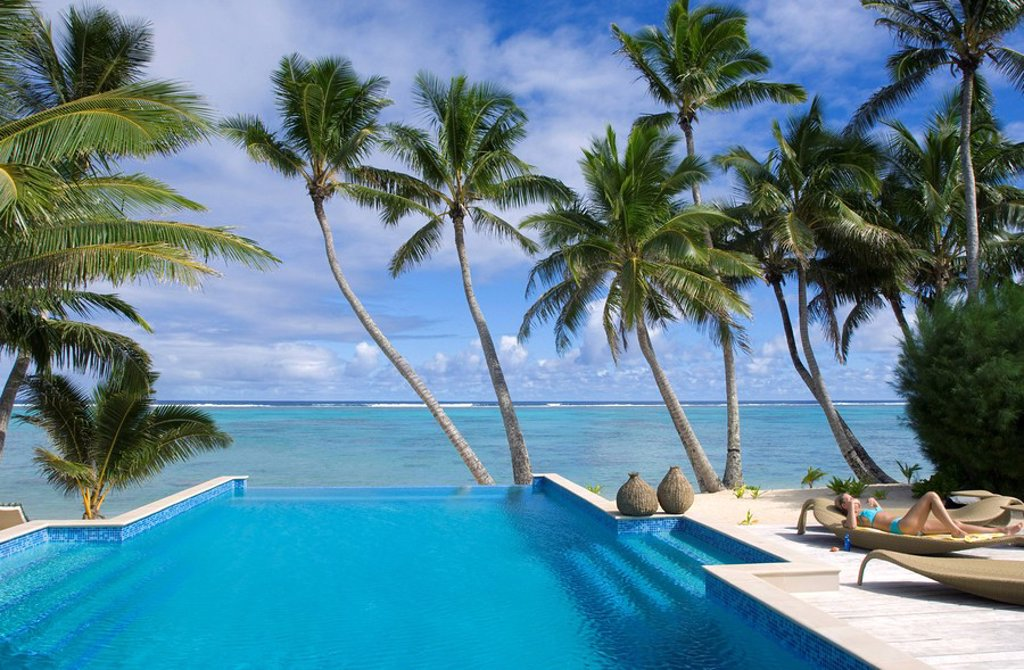 Palm fringed beaches, Cook Islands, South Pacific, Pacific : Stock Photo