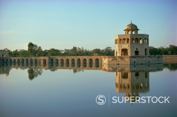 Hiran Minar, 43km from Lahore, Punjab, Pakistan, Asia : Stock Photo