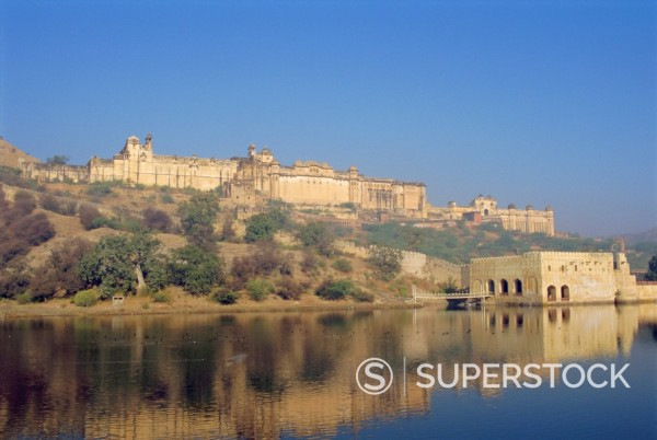 Stock Photo: 1890-62065 The Amber Palace from across the Moata Sagar lake, Jaipur, Rajasthan, India
